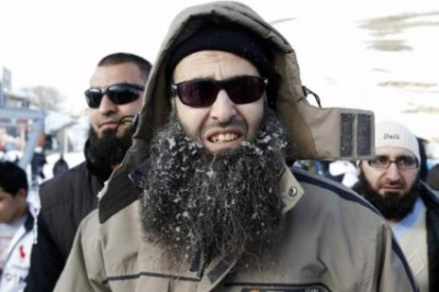 All that separates a salafist from a hipster is a pair of sunglasses and a hoodie.