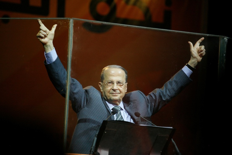 Former Lebanese General Michel Aoun's Free Patriotic Movement held a rally in Beirut just eight days before parliamentary elections. The 7 June elections are expected to be highly contested, with the governing pro-American March 14 coalition facing pressure from the Hizballah-led March 8 opposition, which Aoun's Free Patriotic Movement is a member of. The rally focused on Lebanon's Metn district just north of Beirut. Metn is expected to be one of the closest races between the Christian parties of both coalitions, as well as independent candidates. ///Free Patriotic Movement (FPM) leader Michel Aoun cheers the crowd on by making the FPM's check mark logo with his fingers.